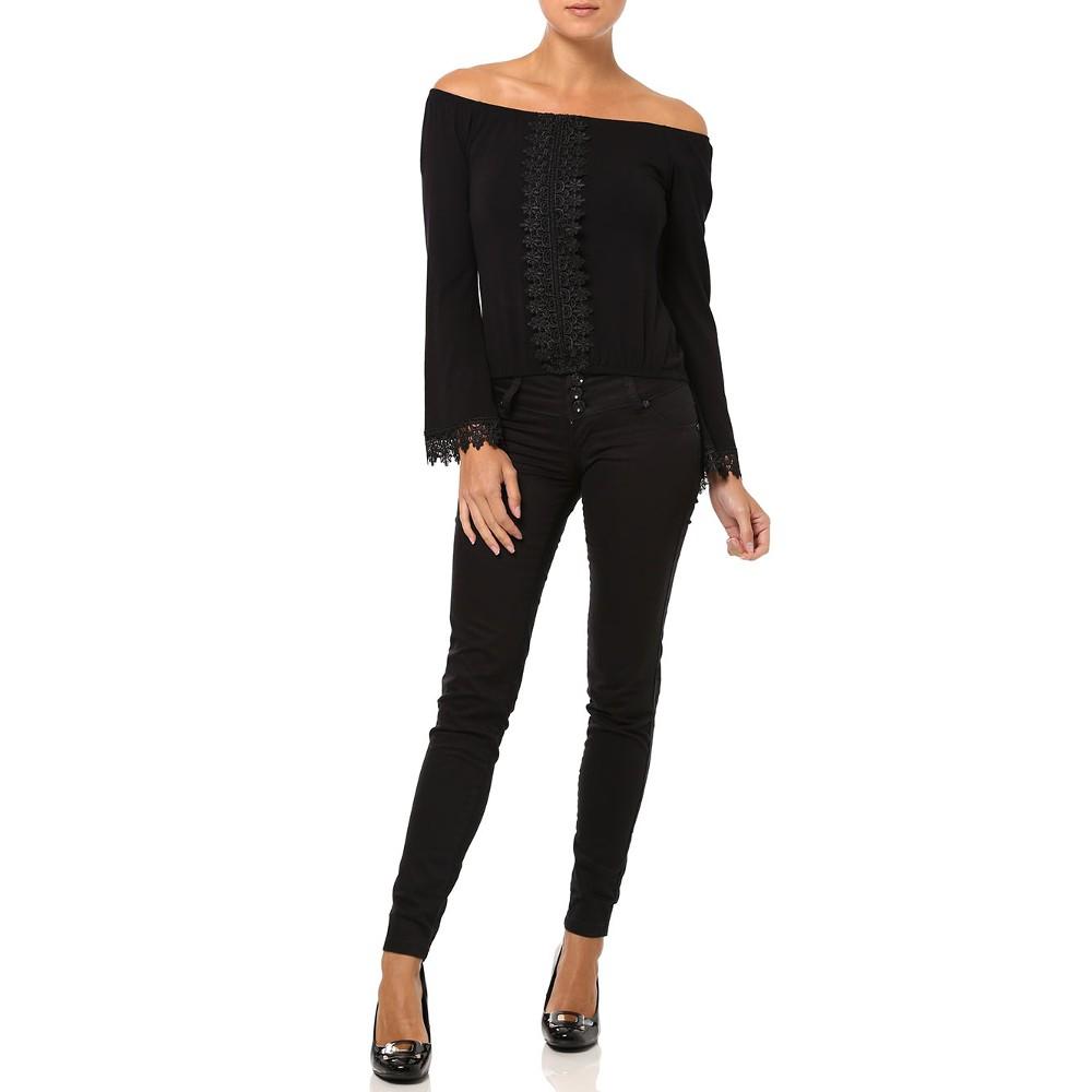 lojas pompeia mulher vestido blusa e calça nas cores pretas