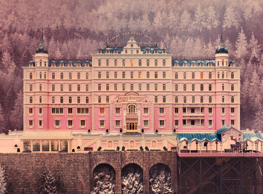 The-Grand-Budapest-Hotel-Still-896x662