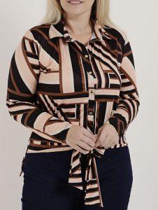 Camisas geométricas com amarração - Lojas Pompéia