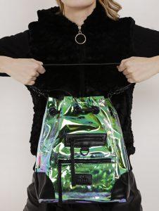 Bolsas modelo saco - Lojas Pompéia